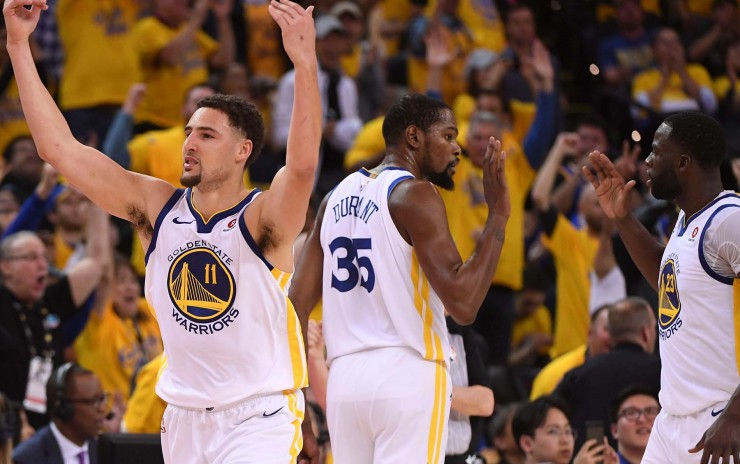 Warriors y Celtics victoriosos en la NBA